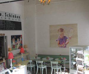Klötze und Schinken, Café und Galerie